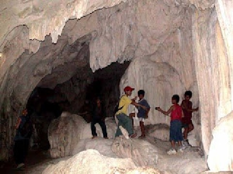 Ambongdolan Cave