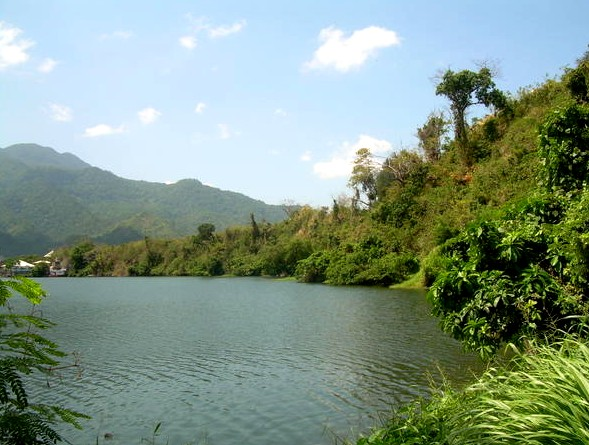 Los Banos Crocodile Lake