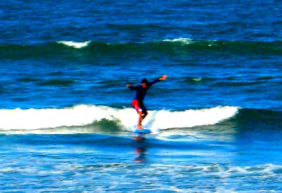 Surfing Sabang Beach